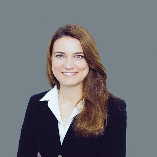 Miriam Galandová (SK)  (online speaker)